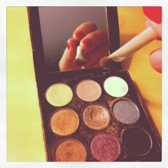 A Sephora palette from one of my Instagram photo-a-day pics.